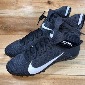 Nike Alpha Menace Elite 2 football Cleats Sz 12.5